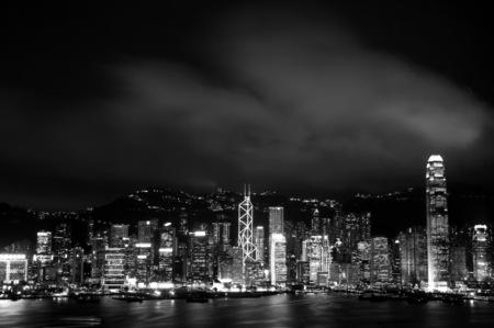 Late_hk
